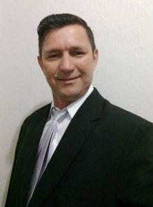 Prof Roberanes Santos